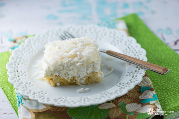 Coconut-Cream-Cake-©Rhonda-Adkins-Photography-2014-1.jpg
