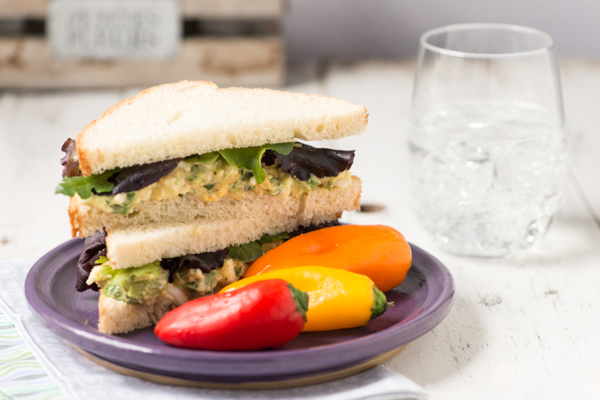 Avocado-and-egg-salad-sandwich-©Rhonda-Adkins-Photography-2014-3.jpg